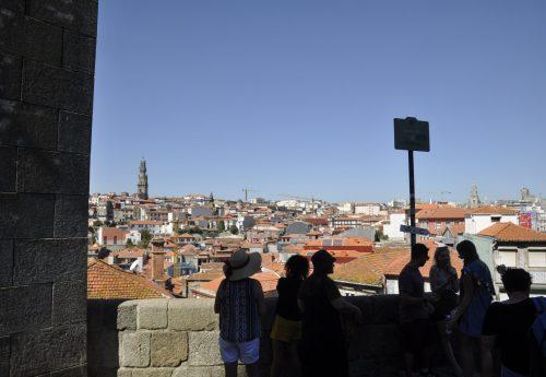 יוגה ותנועה בפורטוגל