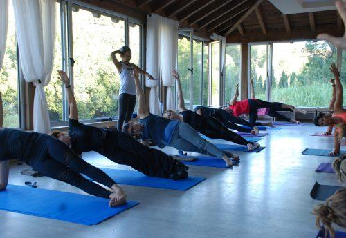 סדנת יוגה וחיים בריאים בקפריסין