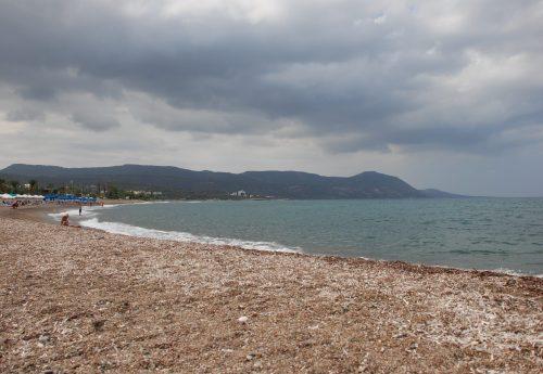 סדנת יוגה ופילאטיס בהרי קפריסין