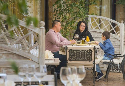 יוגה ופילאטיס בבולגריה עם אורית אופיר