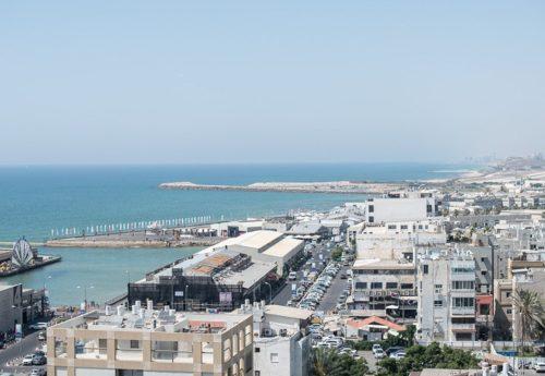 חוף מציצים – תל אביב