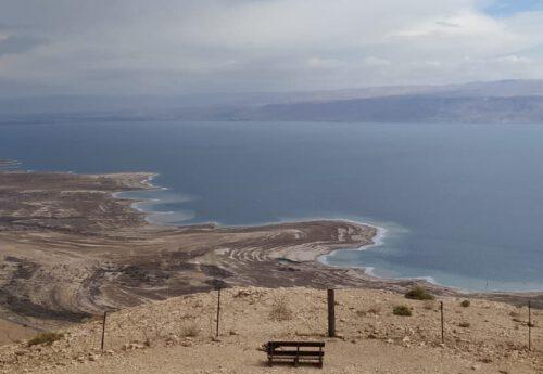 פילאטיס, יוגה וצלילים בים המלח